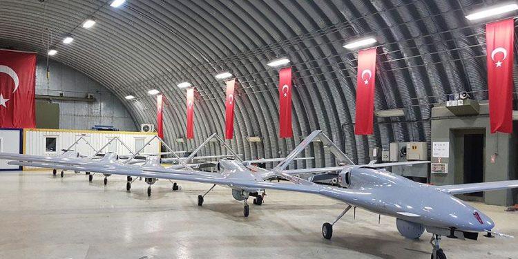 Αναλυτές προειδοποιούν: Η Ευρώπη πρέπει να ανησυχεί για την απειλή των τουρκικών drones! [pics]