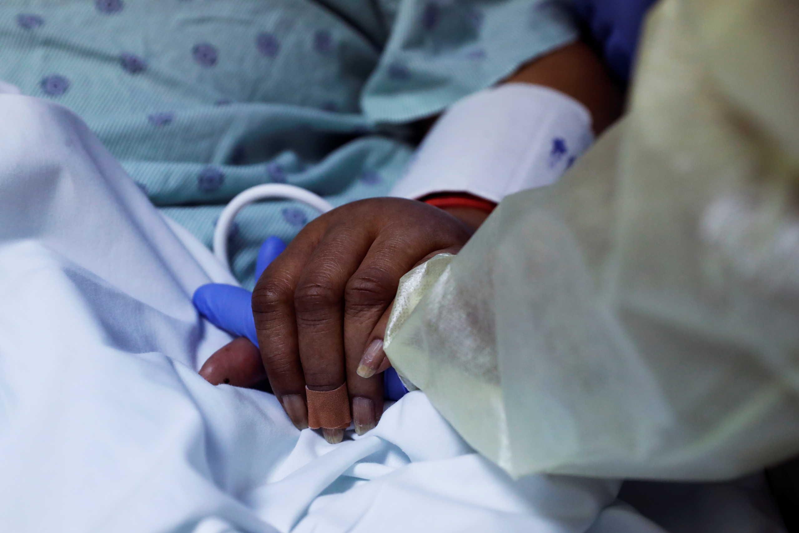 ΗΠΑ: Ξεπέρασαν τα 16 εκατομμύρια τα κρούσματα κορονοϊού
