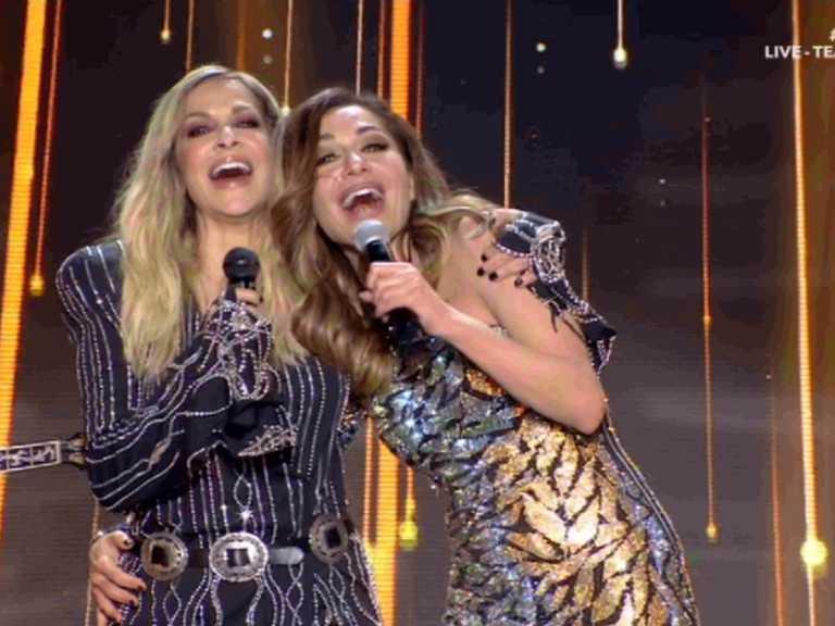Άννα Βίσση και Δέσποινα Βανδή τραγούδησαν μαζί για πρώτη φορά στη σκηνή του J2US!