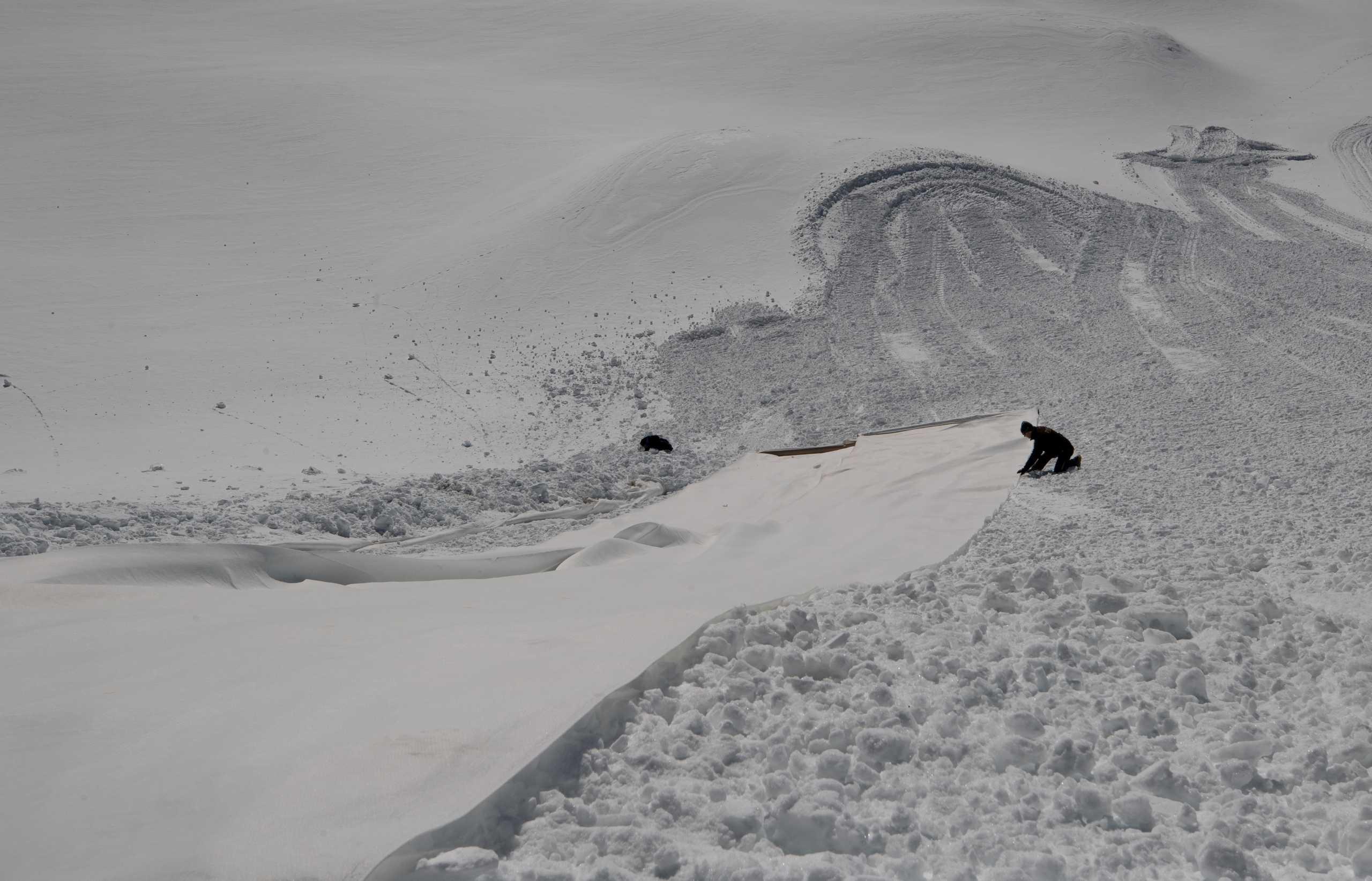 Αυστρία: Τρίτο lockdown αλλά… ανοίγουν τα χιονοδρομικά κέντρα