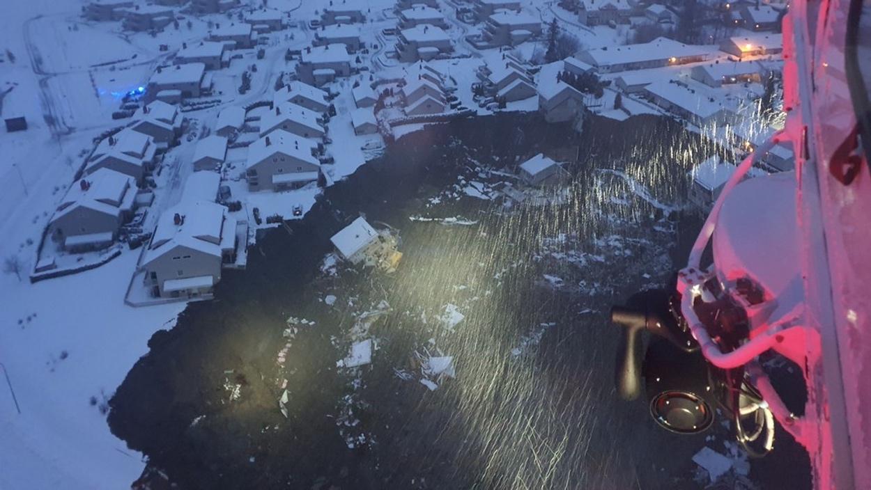 Νορβηγία: Δεκάδες αγνοούμενοι από χιονοστιβάδα που καταπλάκωσε χωριό