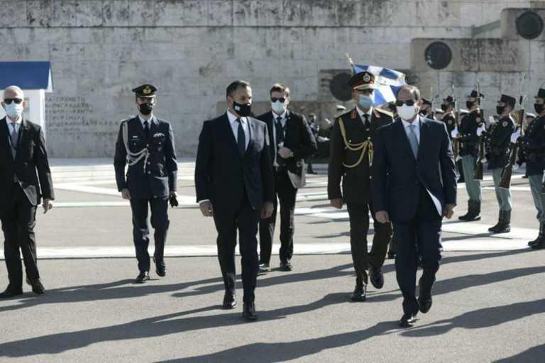 Παναγιωτόπουλος: Πάει στην Αίγυπτο για σημαντικά τετ α τετ και για τη «ΜΕΔΟΥΣΑ 10» [pic]