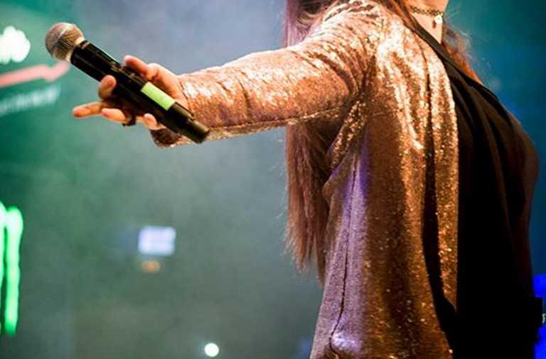 Ποια Ελληνίδα τραγουδίστρια δεν πήγε σε εκπομπή επειδή δεν την πλήρωσαν;