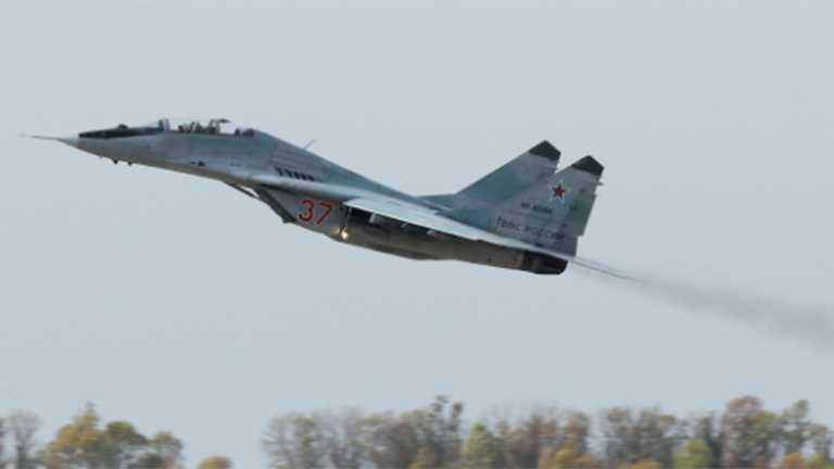 MiG-29: Ρωσικά μαχητικά «έστειλαν μήνυμα» από περιοχή που ελέγχει ο Χάφταρ στη Λιβύη [vid]