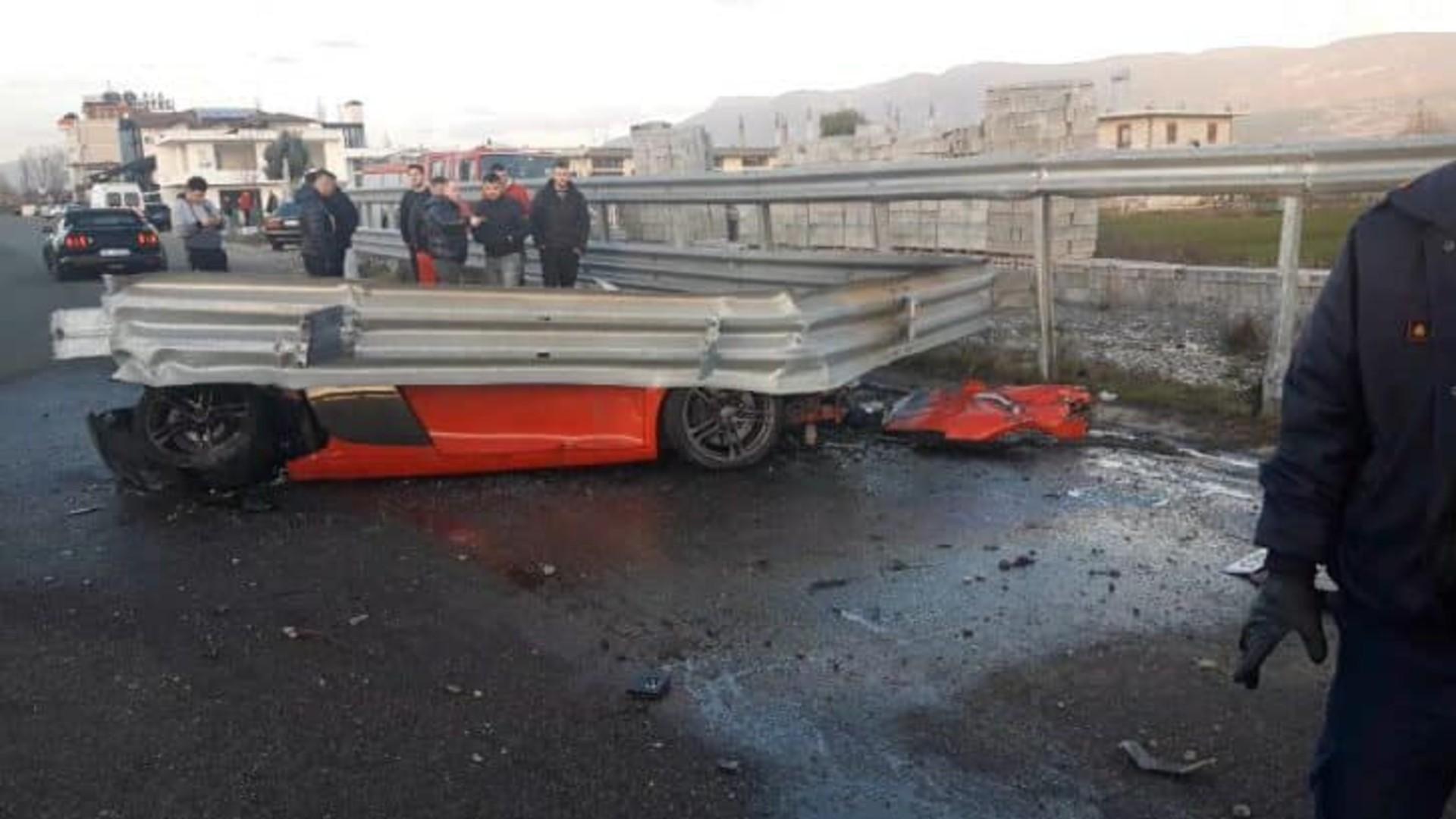 Τρομακτικό τροχαίο με Audi R8 στην Αλβανία [vid]