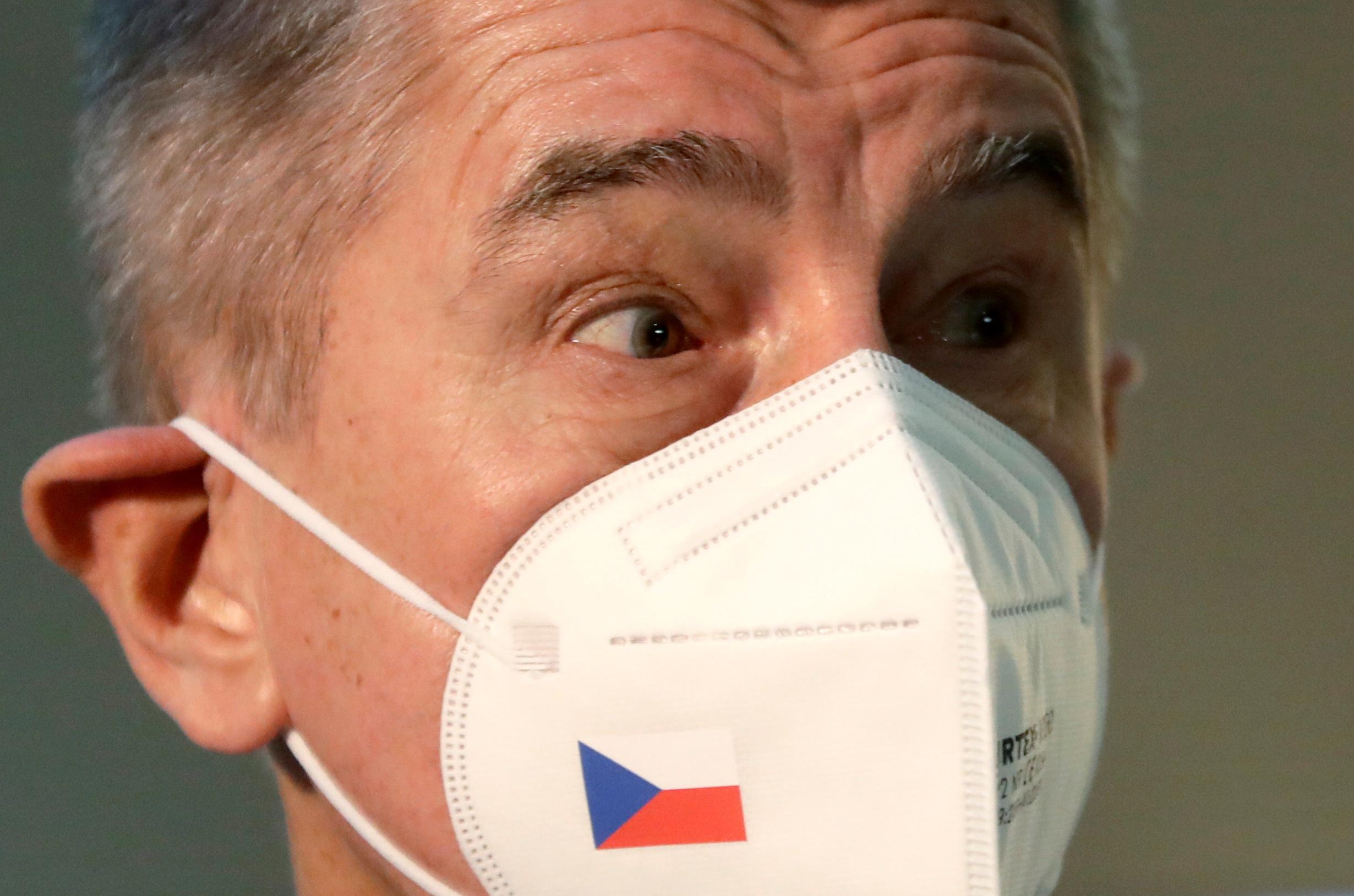 Η συμβολική κίνηση του πρωθυπουργού της Τσεχίας μετά τις βιαιότητες στο Καπιτώλιο