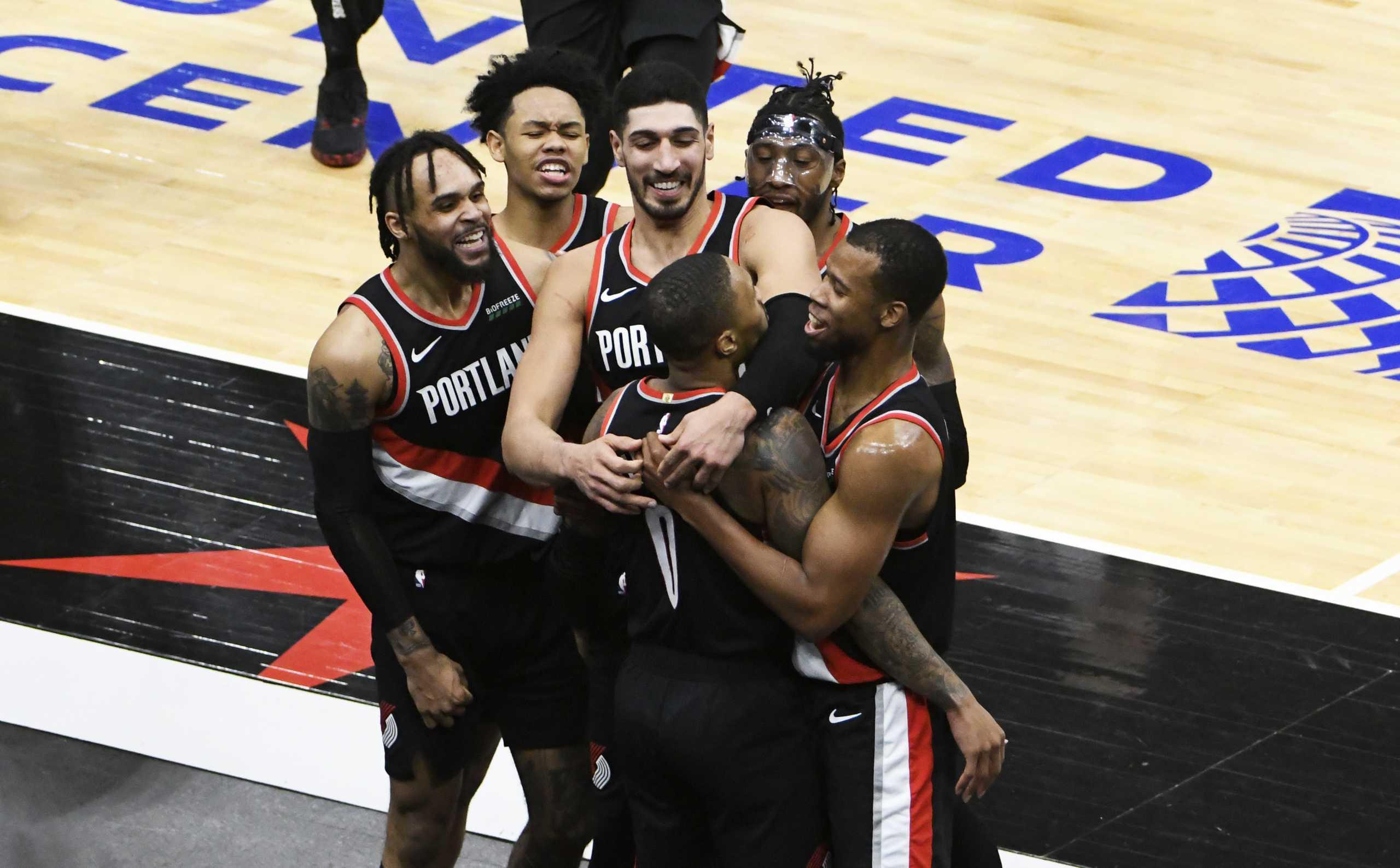 NBA: Οι Λέικερς «άλωσαν» τη Βοστώνη – Απίστευτο «buzzer beater» και νίκη οι Μπλέιζερς (video)