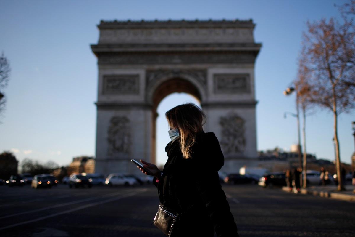 Γαλλία – κορονοϊός: Αύξηση κρουσμάτων παρά το γενικό lockdown