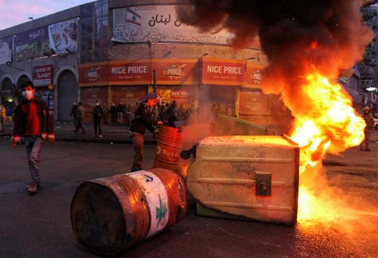 Λίβανος: Δεύτερη νύχτα επεισοδίων στην Τρίπολη για τα μέτρα κατά του κορονοϊού (pics)