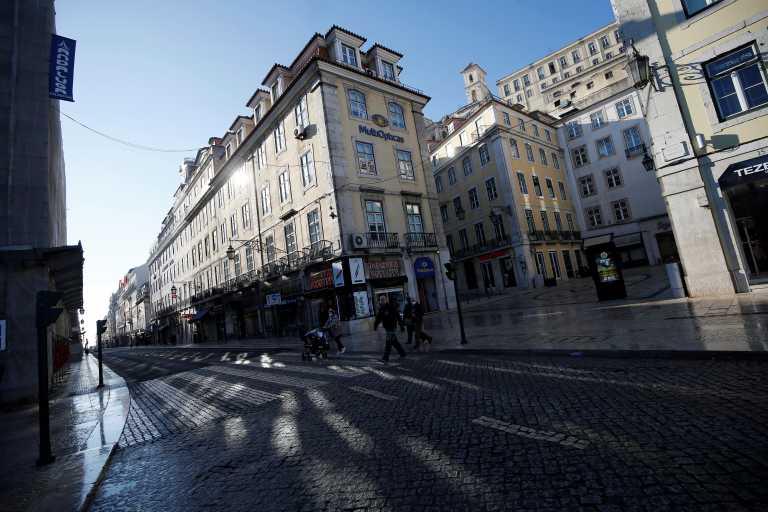 Πορτογαλία: Μετά το lockdown o κορονοϊός βάζει «λουκέτο» και στα σχολεία