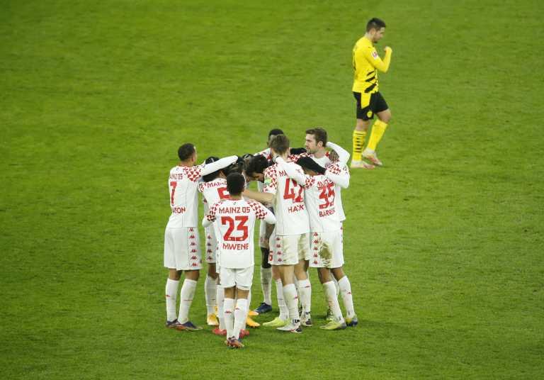 Bundesliga: «Κόλλησαν» Ντόρτμουντ και Λειψία με κερδισμένη την Μπάγερν (videos)
