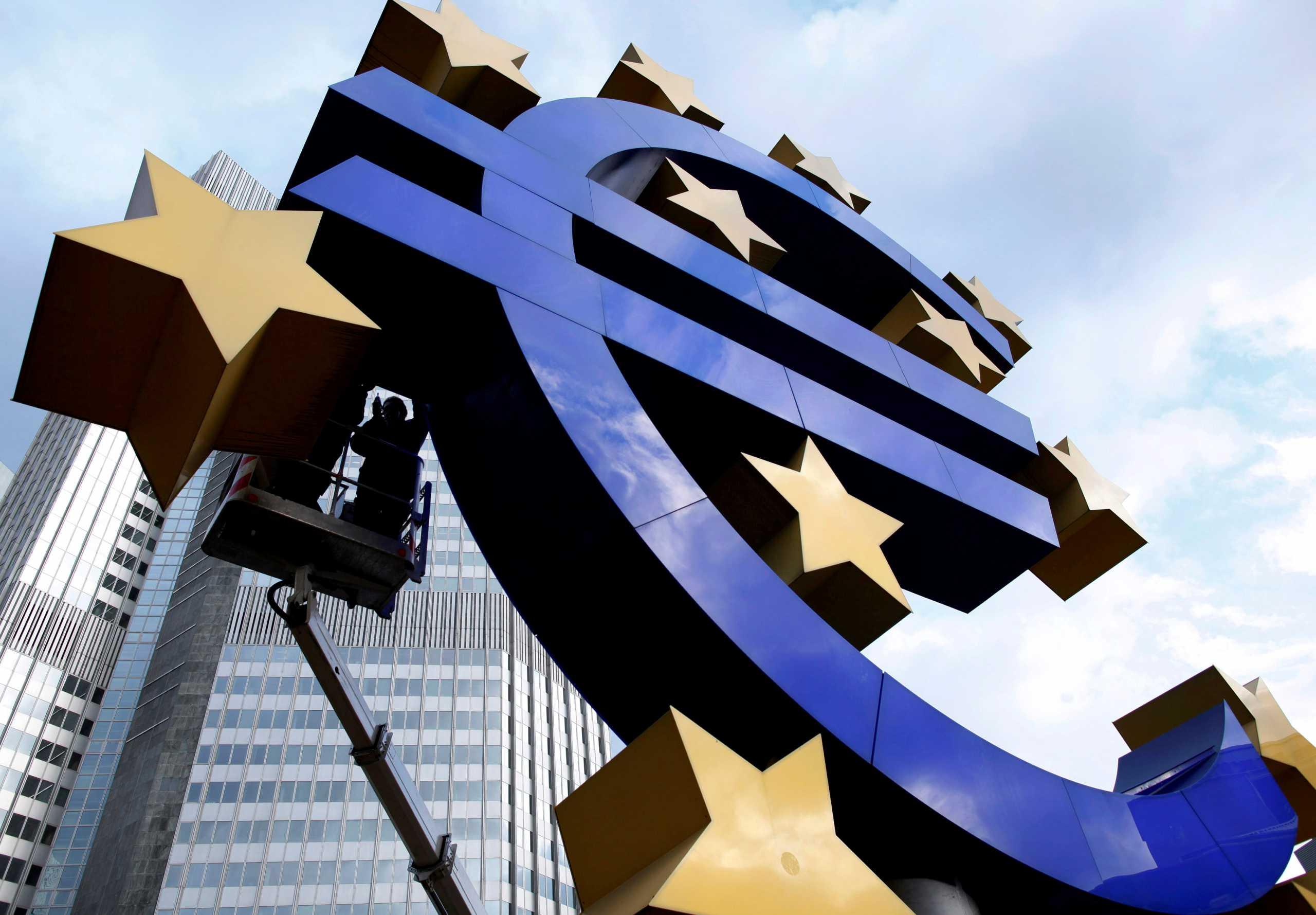 Ενισχύονται τα ομόλογα απομακρύνεται το ενδεχόμενο μείωσης των επιτοκίων από την ΕΚΤ