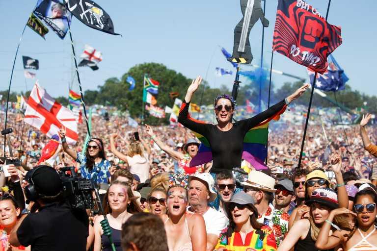 Ο κορονοϊός ανέβαλλε και φέτος το Glastonbury Festival (pics, video)