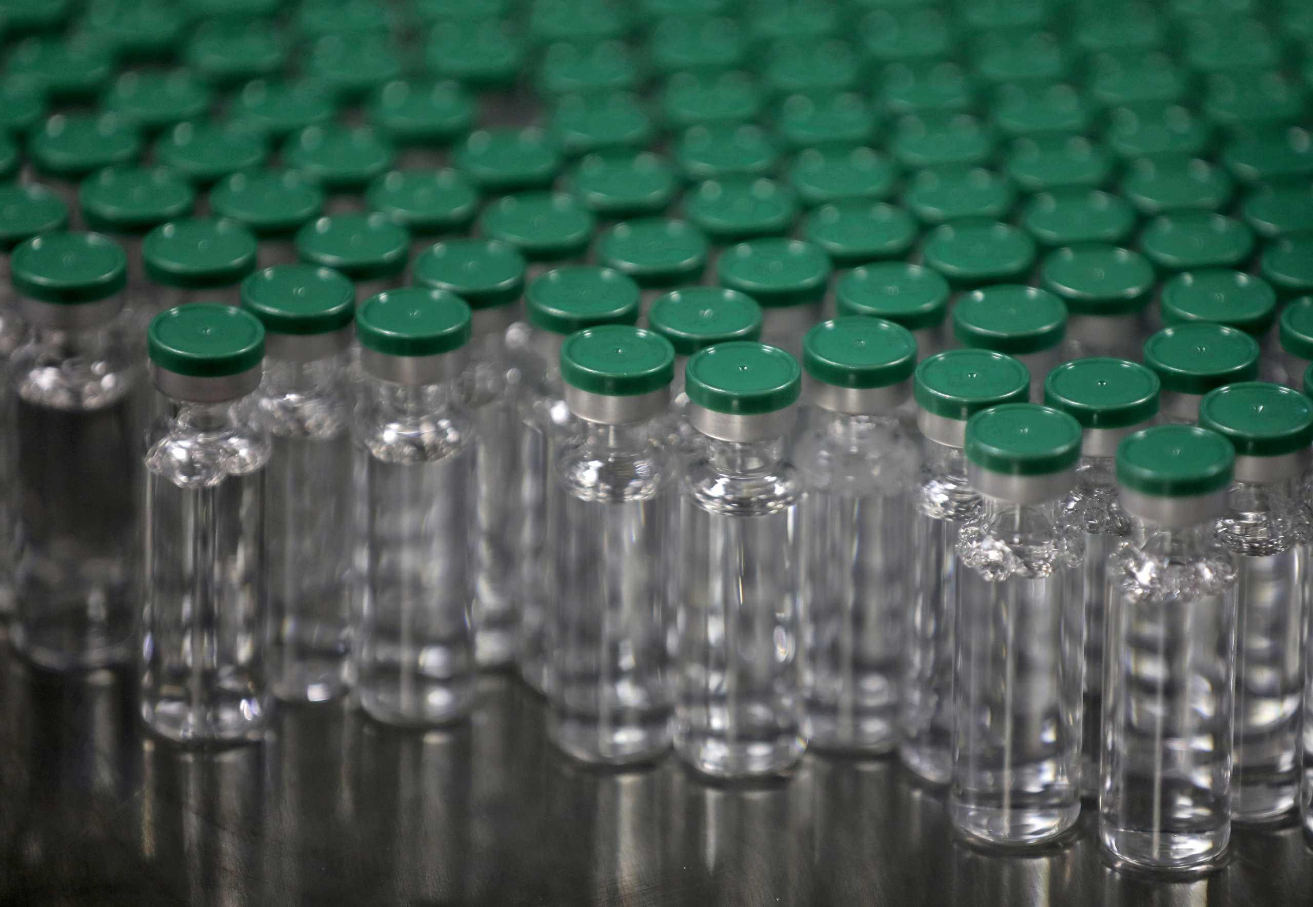 Βρετανία: Συνελήφθη άνδρας για το ύποπτο πακέτο σε εργοστάσιο που παρασκευάζει εμβόλιο για τον κορονοϊό