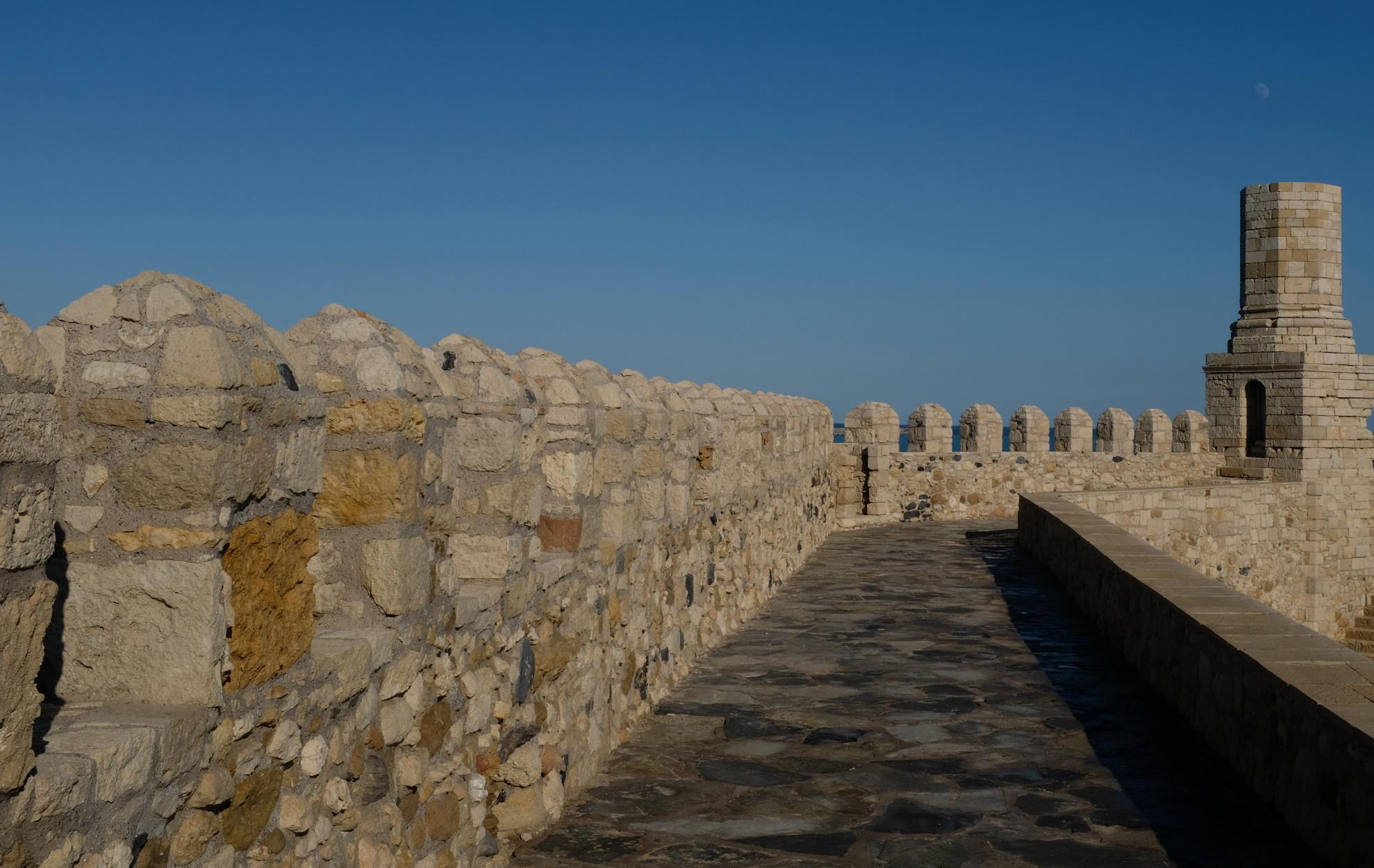Κουλές Απτέρας: Το φρούριο δίπλα στο χωριό – φάντασμα της Κρήτης