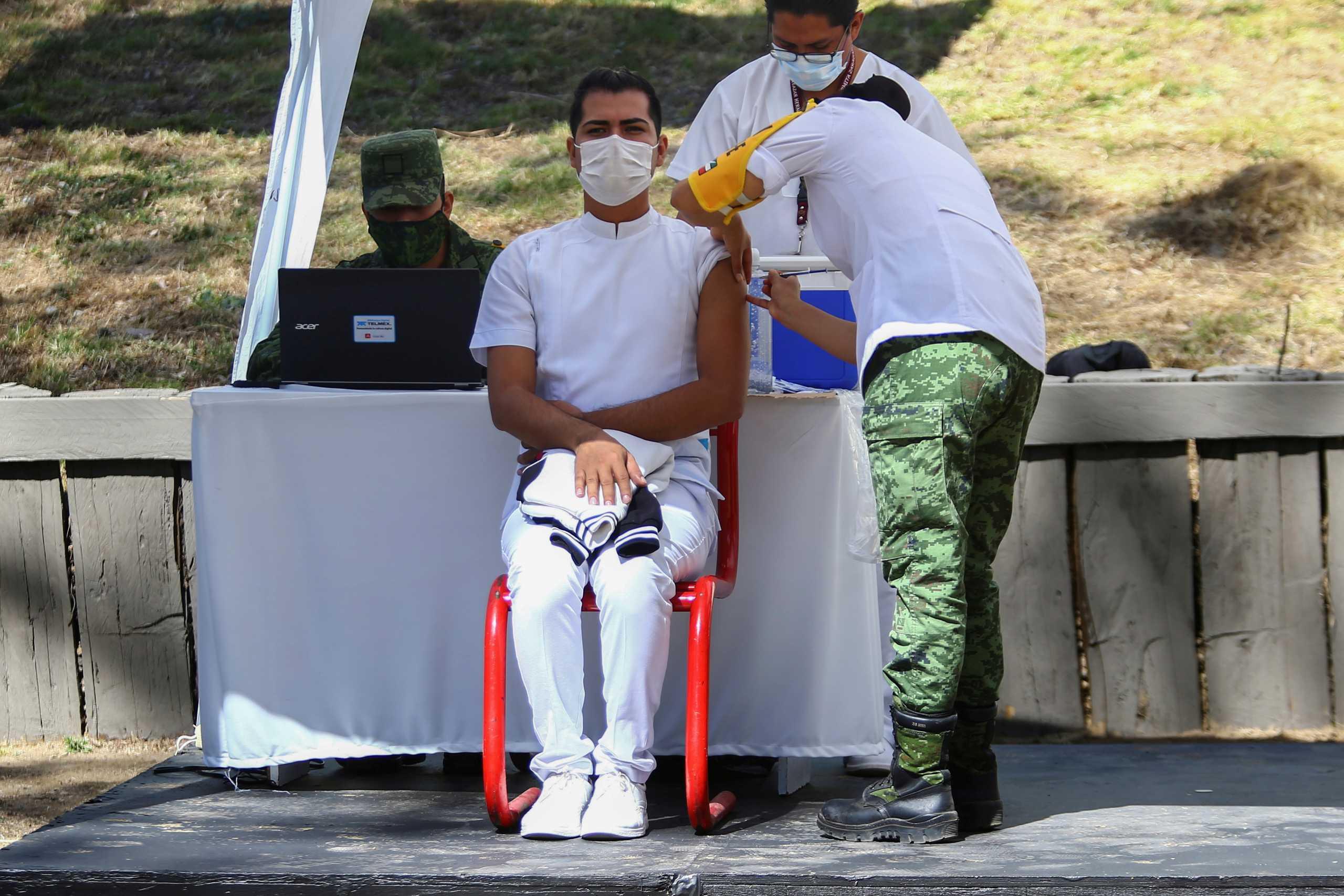 «Το Μεξικό μπορεί να υπολογίζει σύντομα στο ρωσικό εμβόλιο Sputnik-V»