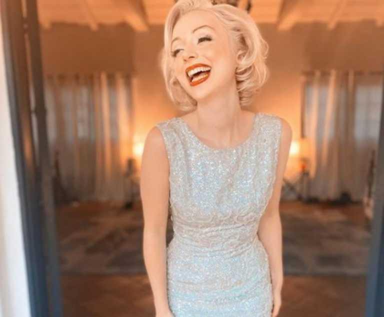 Ποια είναι η «Μέριλιν Μονρόε» του TikTok – Μένει στο σπίτι της σταρ και ντύνεται σαν αυτή (pics, vid)