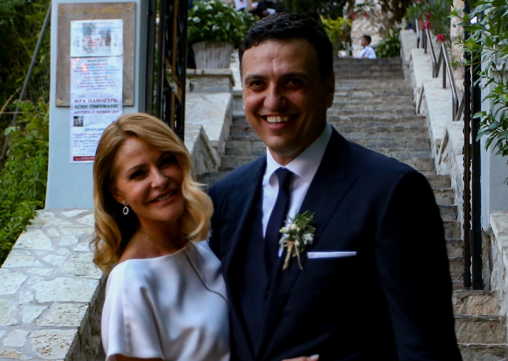 Βασίλης Κικίλιας – Τζένη Μπαλατσινού: Νέες φωτογραφίες από τη βάπτιση του γιου τους
