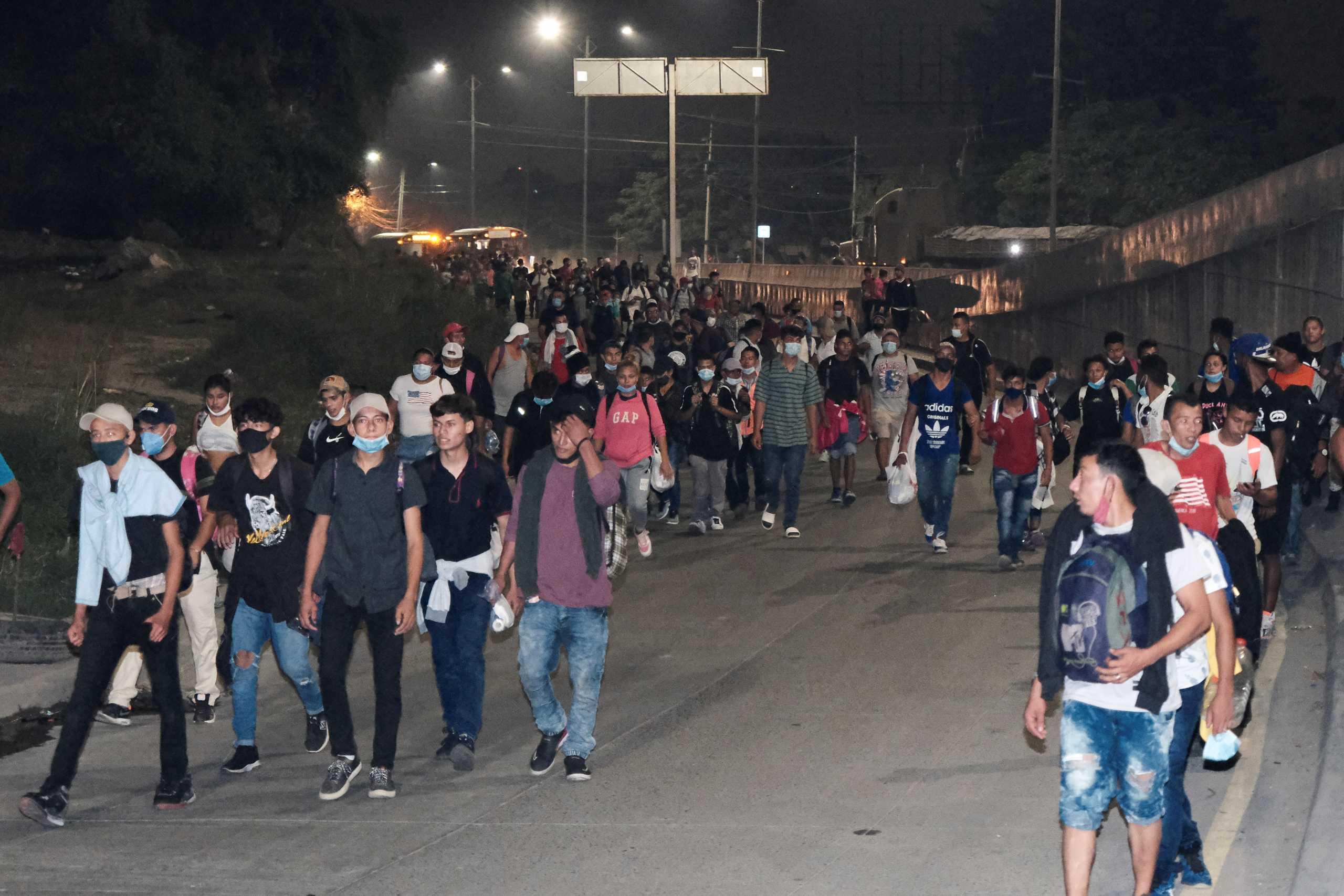 Ονδούρα: Καραβάνι 3.000 ανθρώπων ξεκίνησε με στόχο να μπει στις ΗΠΑ