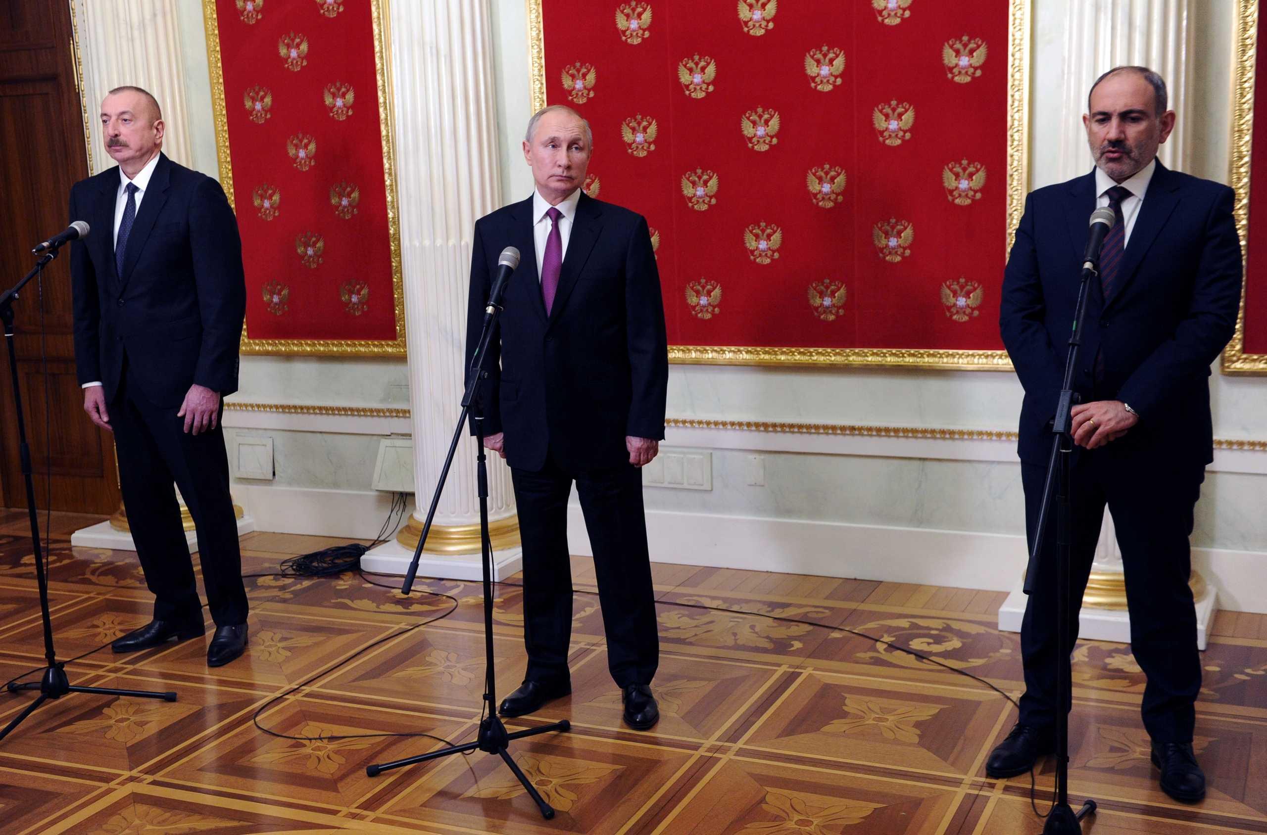Ο Πούτιν συναντήθηκε για πρώτη φορά μετά τον πόλεμο για το Ναγκόρνο Καραμπάχ με τους ηγέτες της Αρμενίας και του Αζερμπαϊτζάν