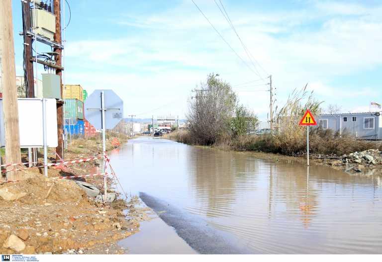 Καιρός – Θεσσαλονίκη:  Πυρετός προετοιμασιών στους Δήμους για να «υποδεχτούν» την κακοκαιρία