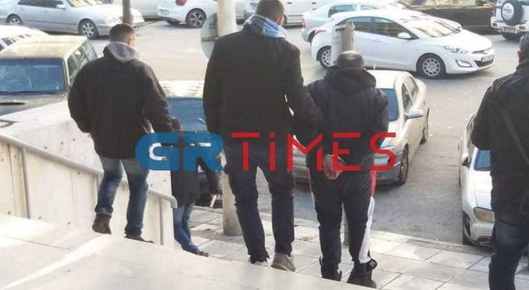 Θεσσαλονίκη: Βαρύ κατηγορητήριο για 40χρονο που ρήμαζε καταστήματα
