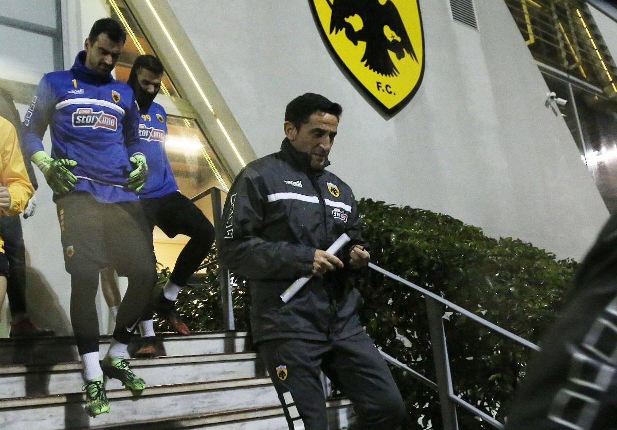 ΑΕΚ – Χιμένεθ: «Έχουμε καλούς ποδοσφαιριστές αλλά πρέπει να γίνουμε καλή ομάδα»