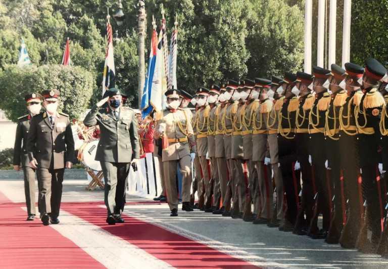 Α/ΓΕΕΘΑ: Οι στενοί δεσμοί των Ενόπλων Δυνάμεων Ελλάδας – Αιγύπτου ενισχύονται συνεχώς (pics, video)