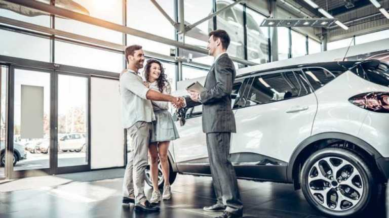 Τα αυτοκίνητα που προτίμησαν οι Έλληνες το 2020 και τα πρώτα ηλεκτρικά σε πωλήσεις