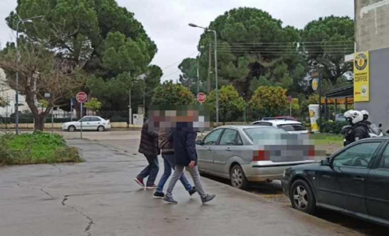 Αιτωλοακαρνανία: Στον εισαγγελέα για τη φονική ληστεία στο Χαλκιόπουλο – «Πρόκειται για μια μεγάλη παρεξήγηση» (video)