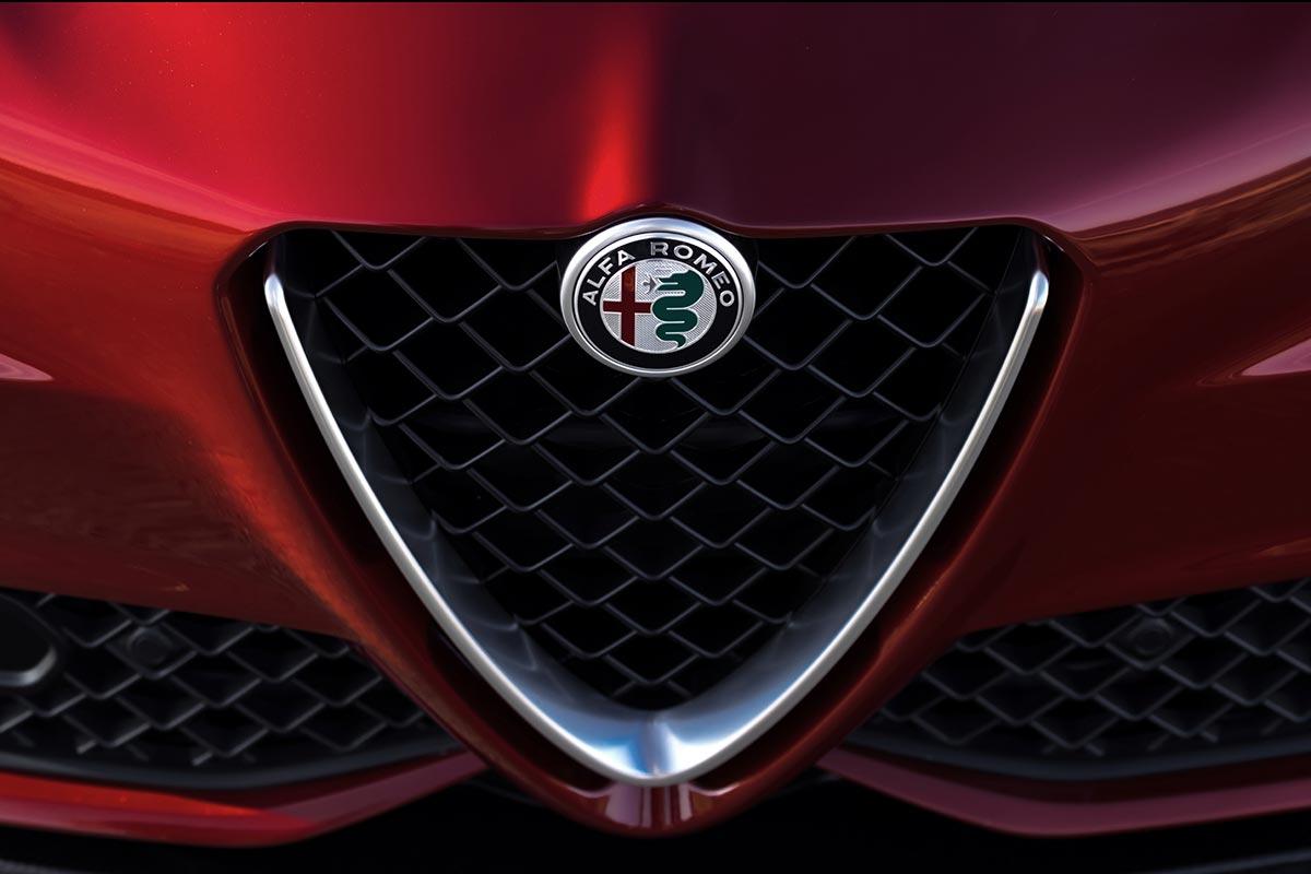 Νέο αφεντικό -έκπληξη!- στο τιμόνι της Alfa Romeo
