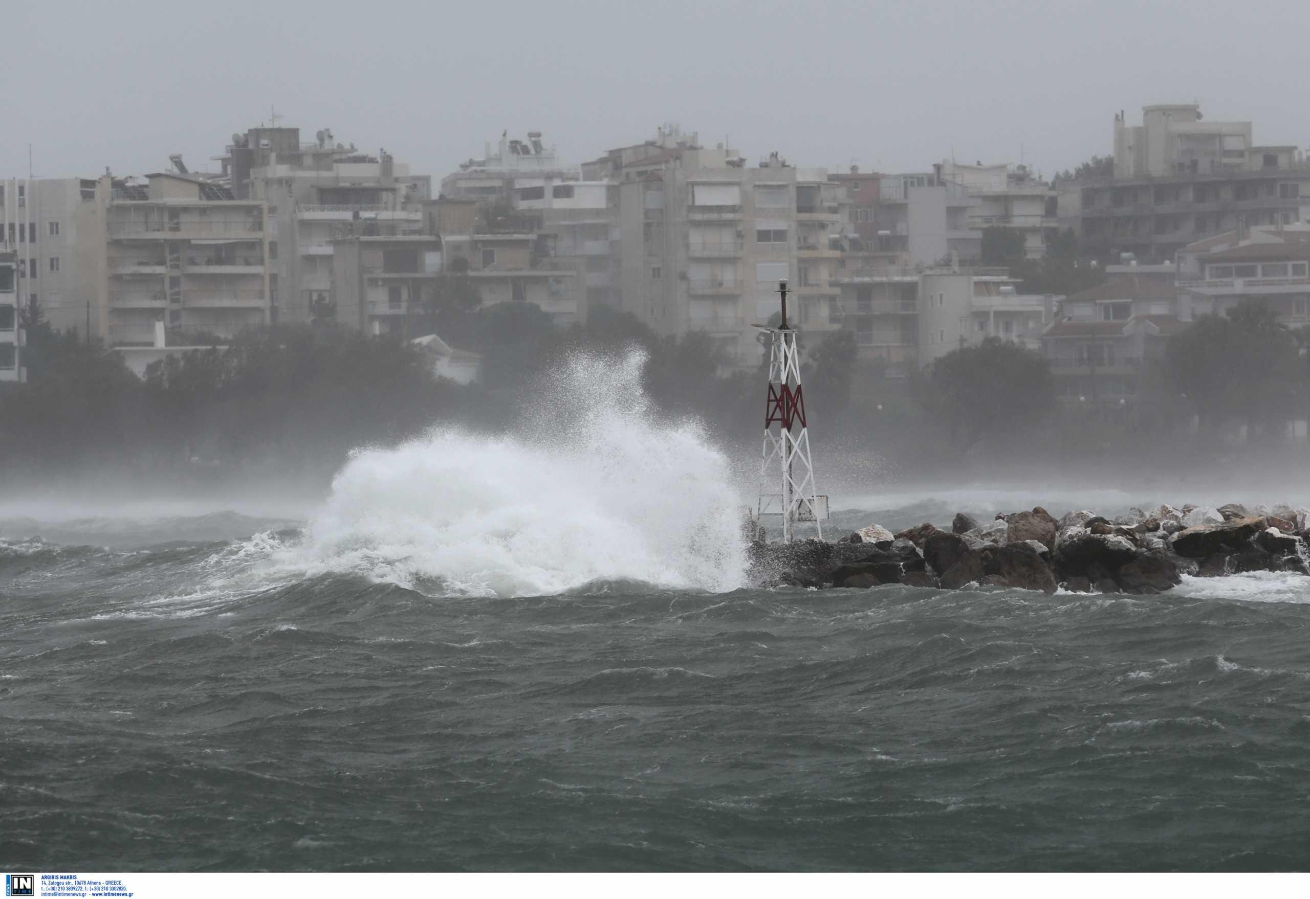 Καιρός – Meteo: Επικίνδυνα φαινόμενα το βράδυ της Τρίτης – Ποιες περιοχές απειλούνται