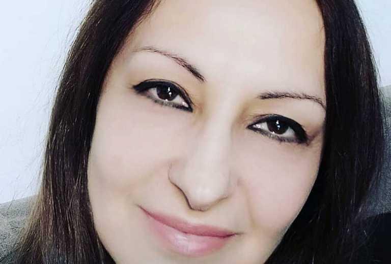"""Σοκάρει η Άντζυ Σαμίου – Η αποκάλυψη για την τραγουδίστρια που τα φτιάχνει με παντρεμένους και """"βασανίζει"""" τις γυναίκες τους"""