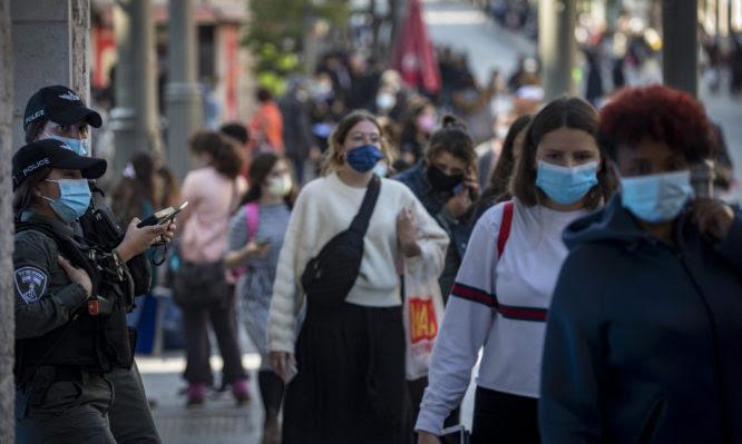 Κορονοϊός: Θα χρειαστούμε μεγαλύτερη ανοσία αγέλης για προστασία από τον μεταλλαγμένο ιό