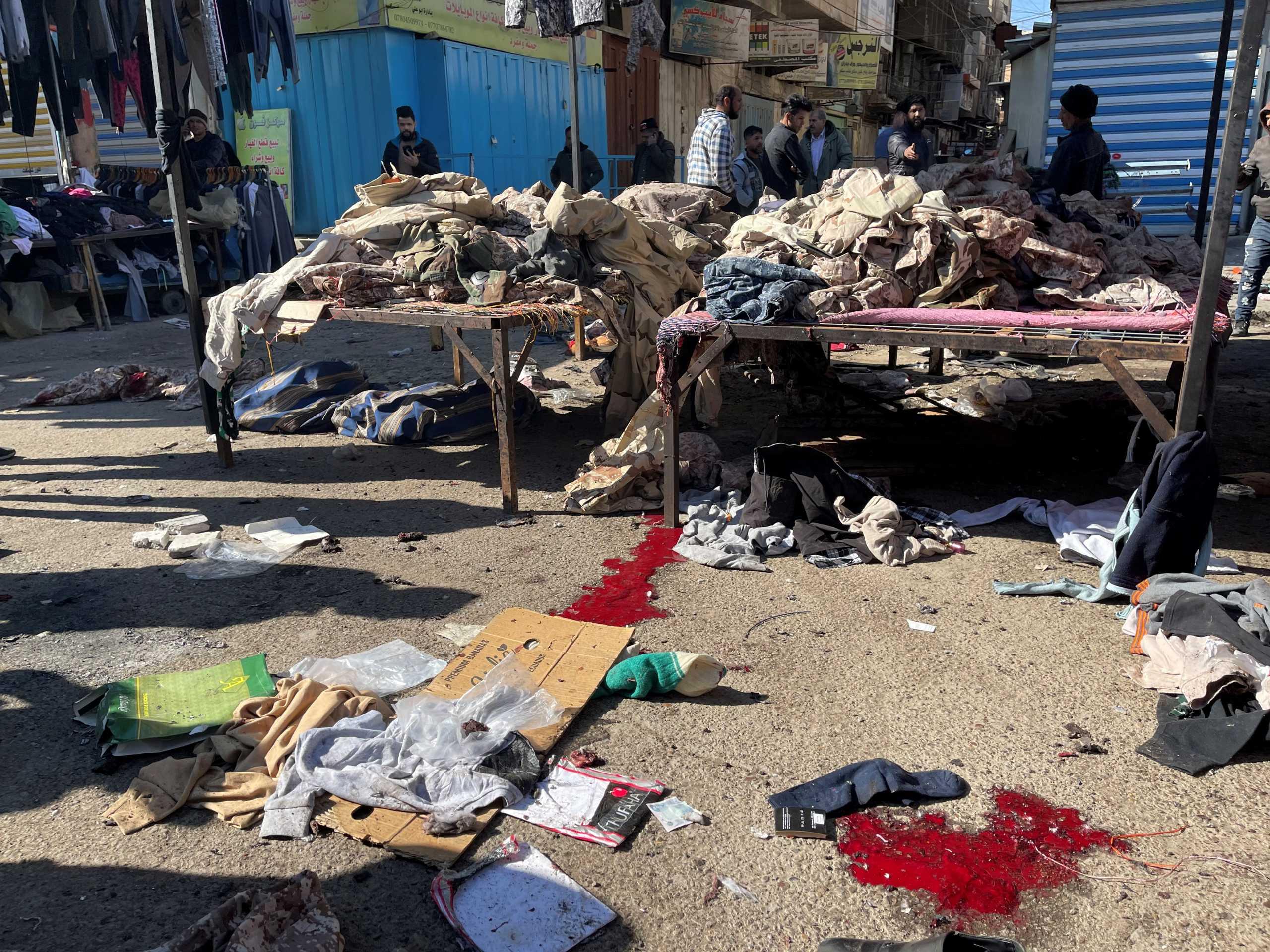 Λουτρό αίματος στη Βαγδάτη: Εικόνες σοκ από την πολύνεκρη επίθεση αυτοκτονίας