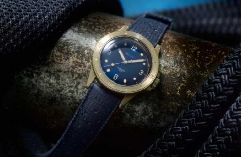 Ένα παμέμορφο καταδυτικό ρολόι που δεν θα σας στοιχήσει μια περιουσία