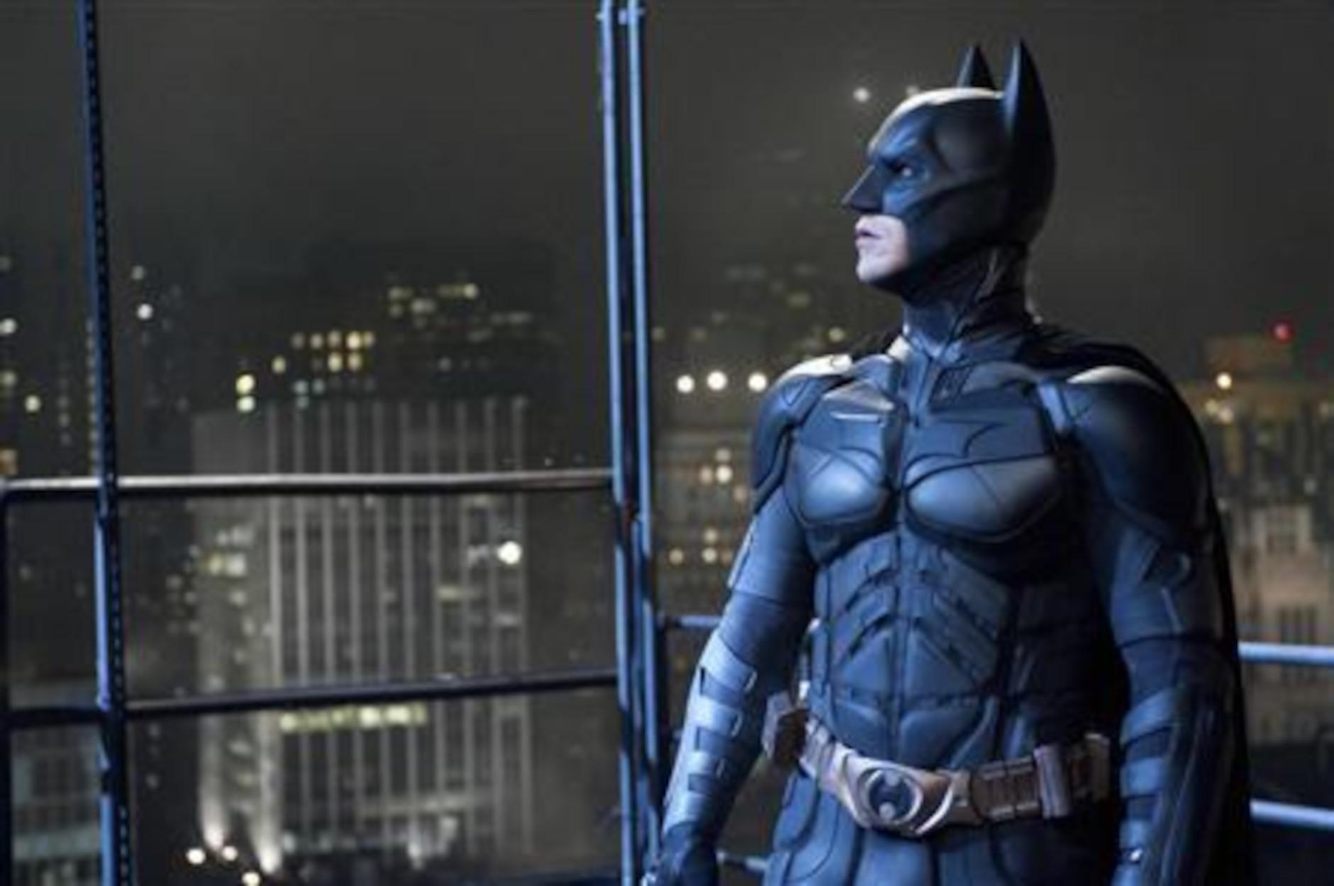 Γερουσιαστής έχει εμφανιστεί σε… πέντε ταινίες Batman! (video)