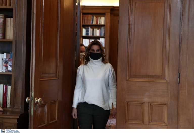 Μπεκατώρου στο Γαλλικό Πρακτορείο Ειδήσεων: «Δυστυχώς στην Ελλάδα δεν είμαστε ηγέτες σε θέματα φεμινισμού»