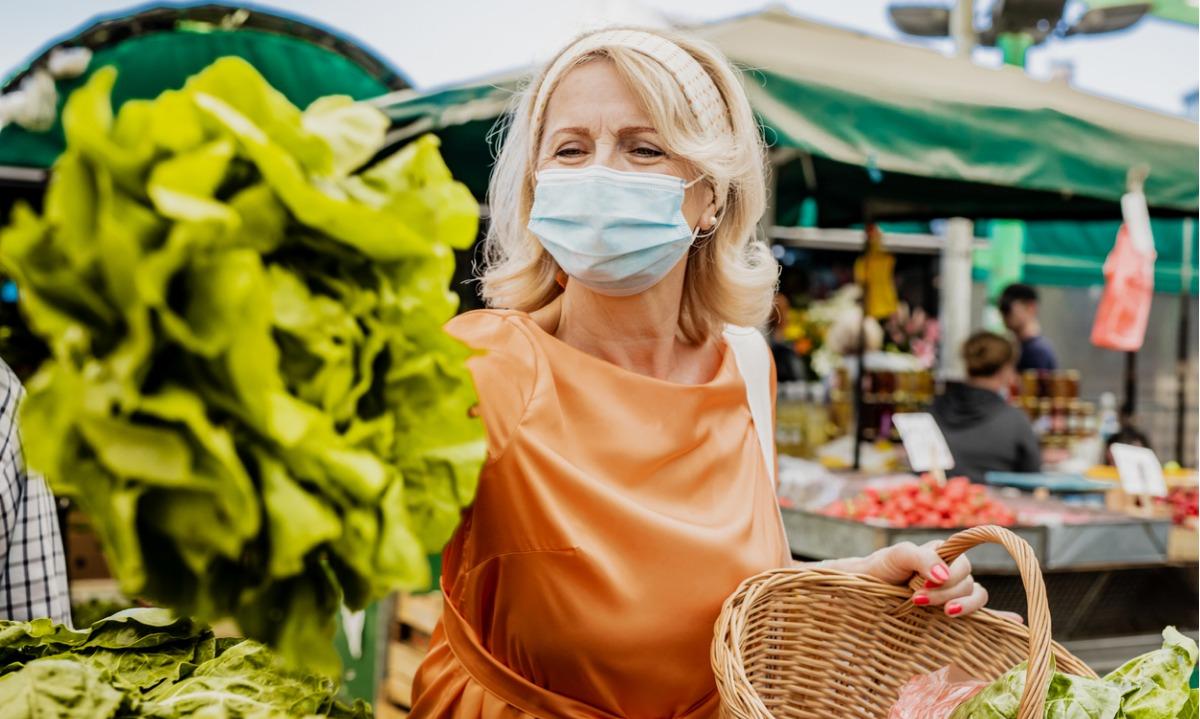 Κορονοϊός: Η έλλειψη συγκεκριμένης βιταμίνης συνδέεται με σοβαρή COVID-19