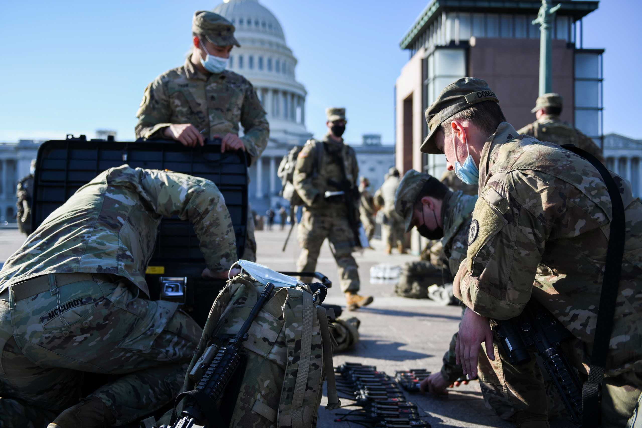 Στρατοκρατούμενη η Ουάσινγκτον: Αναβλήθηκε η πρόβα για την ορκωμοσία Μπάιντεν