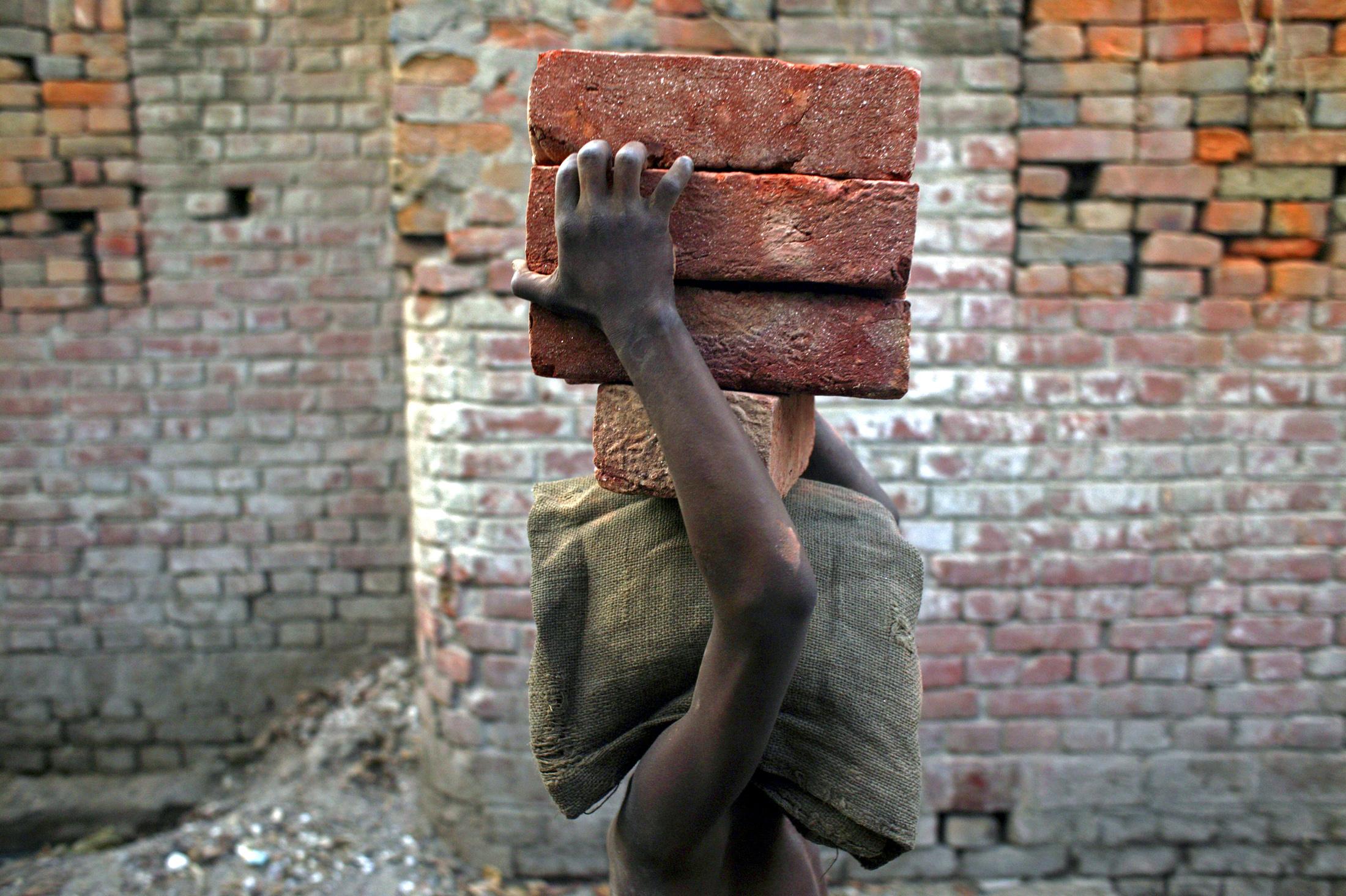 Παιδική Εργασία: Ανέφικτος ο στόχος του ΟΗΕ για εξάλειψη της έως το 2025