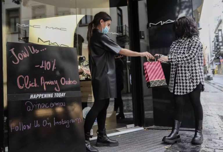 Κορονοϊός – Βασιλακόπουλος: Τα καταστήματα έπρεπε να ανοίξουν με ραντεβού