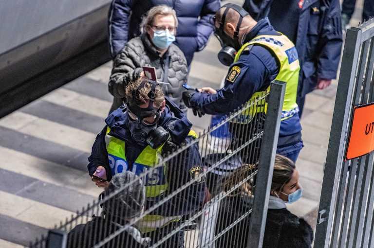 Δανία: Εξαπλώνεται η μετάλλαξη του κορονοϊού αν και τα κρούσματα μειώνονται