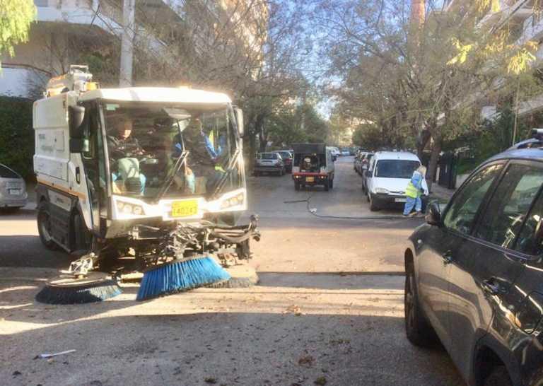 Δήμος Αθηναίων: Κυριακάτικη επιχείρηση καθαριότητας στην Κυπριάδου (pics)