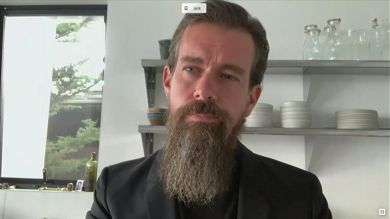 Ο ιδρυτής του Twitter για το μπλόκο στον Τραμπ: Σωστό αλλά και επικίνδυνο