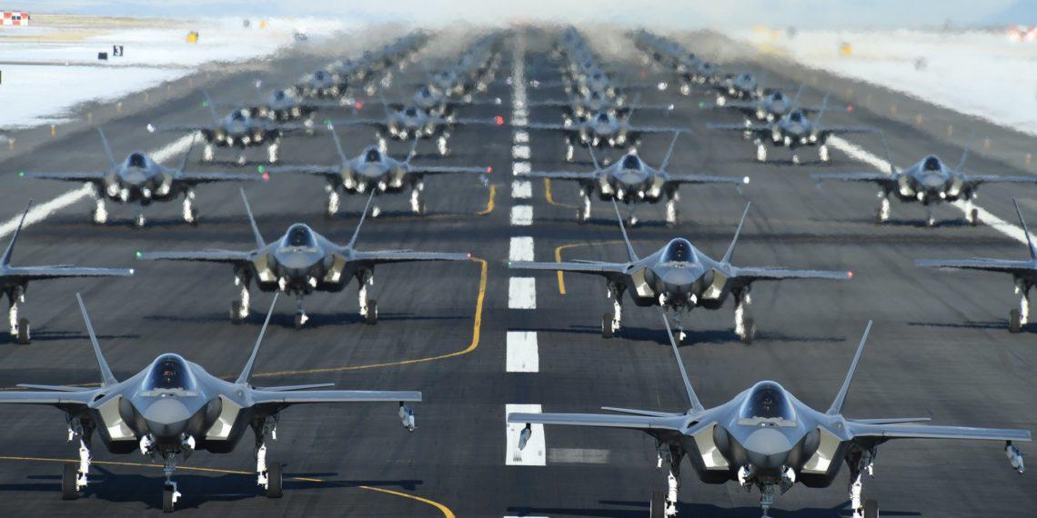 F-35: Προσωρινή «σανίδα σωτηρίας» του Πενταγώνου για τα stealth μαχητικά αεροσκάφη!