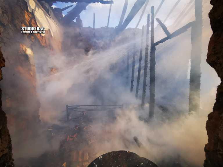 Αργολίδα: Φωτιά σε σπίτι στην Νέα Τύρινθα (pics)