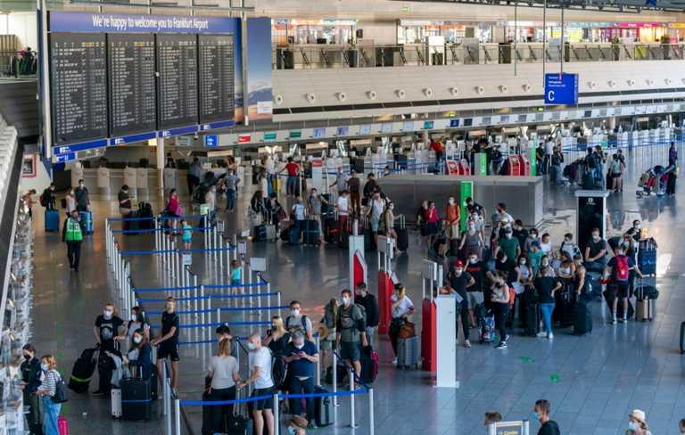 Γερμανία: Δυο συλλήψεις στο αεροδρόμιο της Φρανκφούρτης μετά την εκκένωση -Λήξη συναγερμού