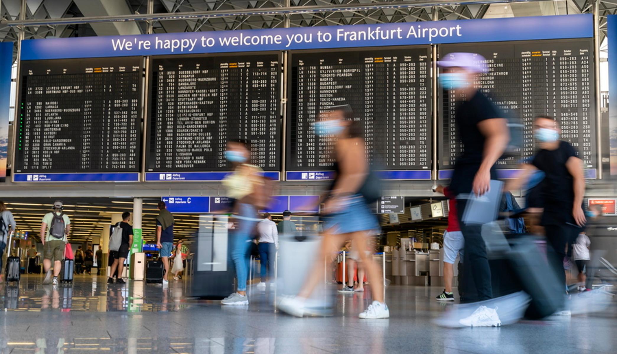 Γερμανία: Εκκενώθηκε το αεροδρόμιο της Φρανκφούρτης – Αναφορές για παρουσία ενόπλου