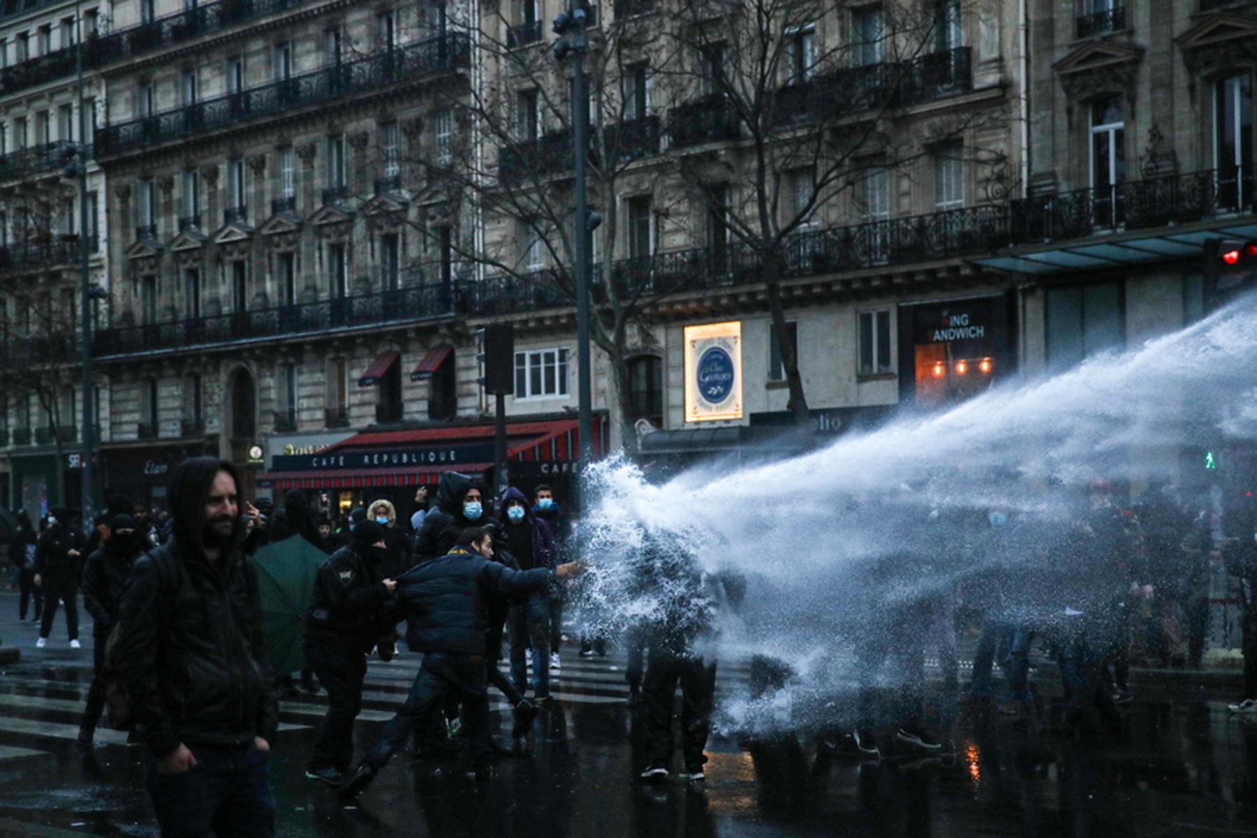 Γαλλία: Νέες διαδηλώσεις κατά του νόμου για την ασφάλεια